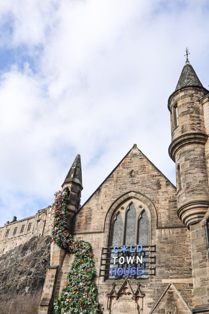 Cold Town House Grassmarket Edinburgh Castle Pub_