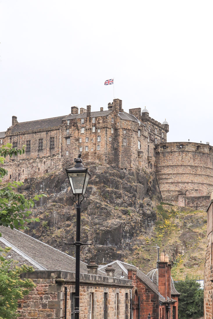 Edinburgh Castle From The Vennel Edinburgh_