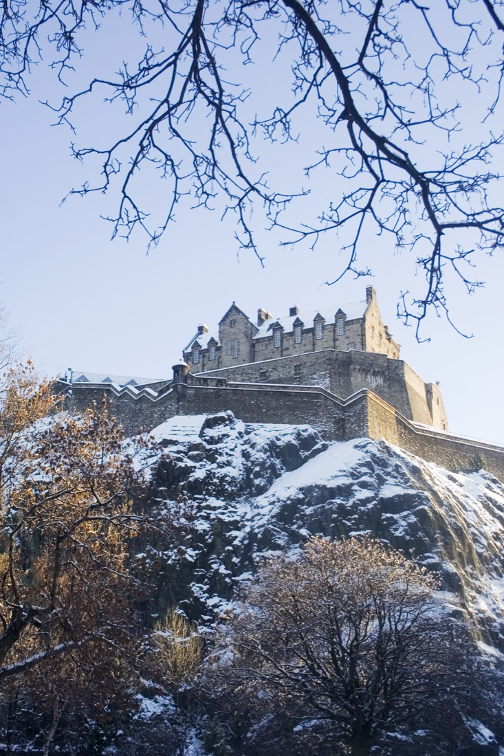 Edinburgh Castle. Snow. Winter. Christmas.