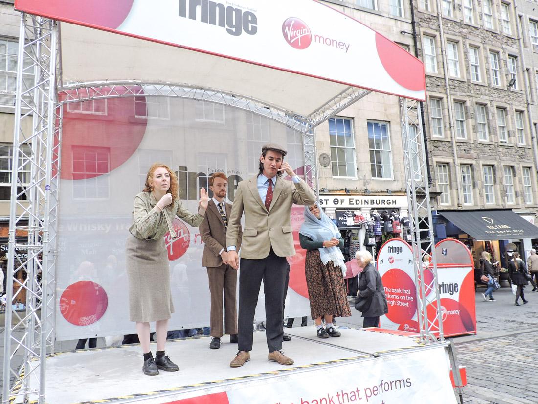 Edinburgh Festival Fringe Performers Royal Mile