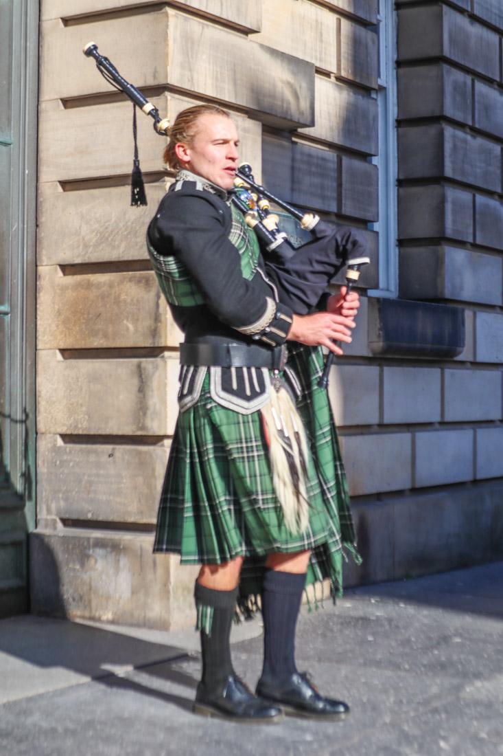 Piper Royal Mile Edinburgh_