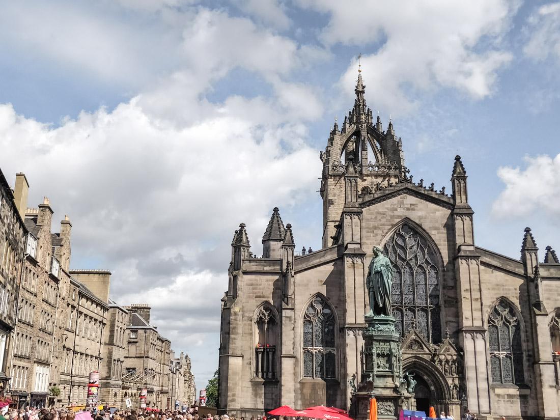 St Giles Edinburgh Festival Fringe Crowds