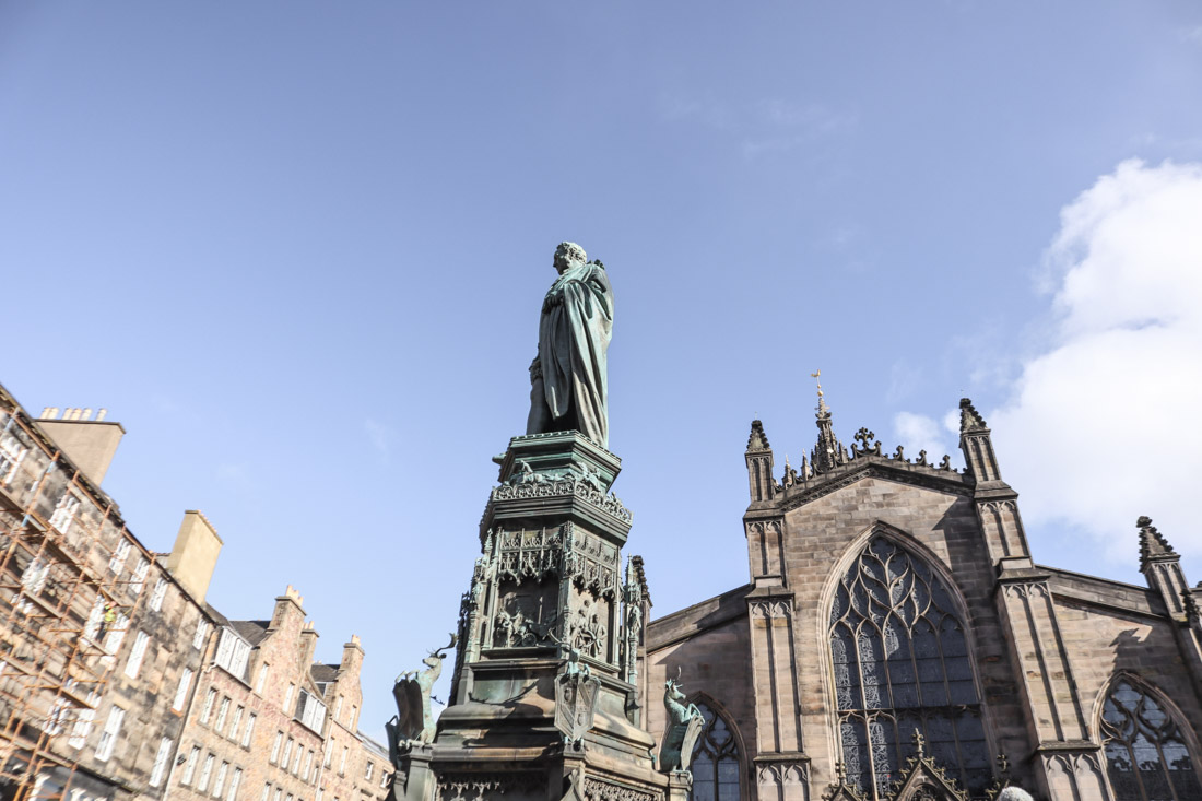 Statue of 5th Duke of Buccleuch St Giles Royal Mile Old Town Edinburgh -Alamy-Statue of 5th Duke of Buccleuch St Giles Cathedral Edinburgh Old Town Royal Mile_