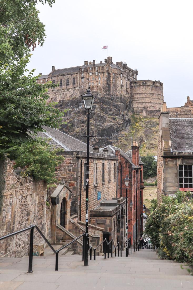 The Vennel Views Edinburgh Castle Edinburgh_