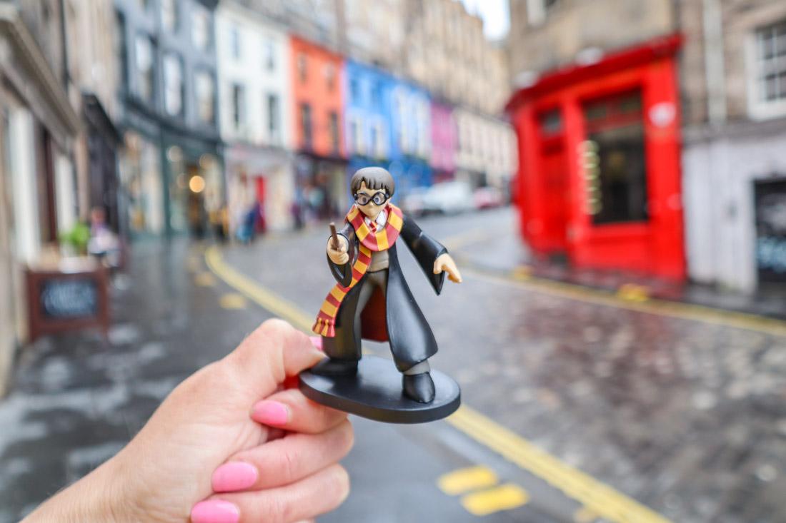Harry Potter Figure at Victoria Street in Edinburgh