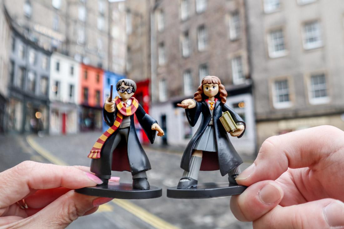 Harry Potter and Hermione Figure Victoria Street Edinburgh