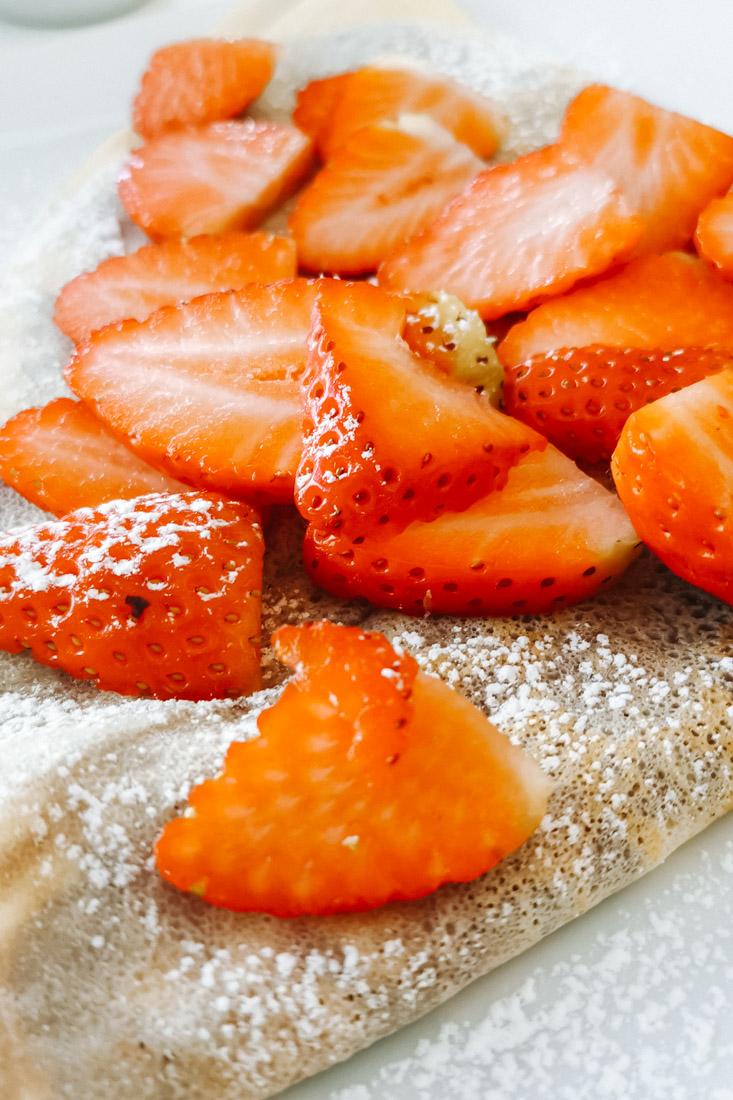 Strawberries on Pancakes Food_