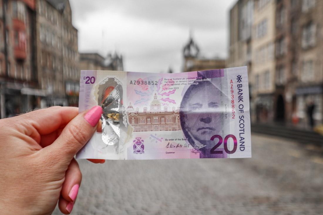 Twenty Pound Note Money Royal Mile Edinburgh copy 2