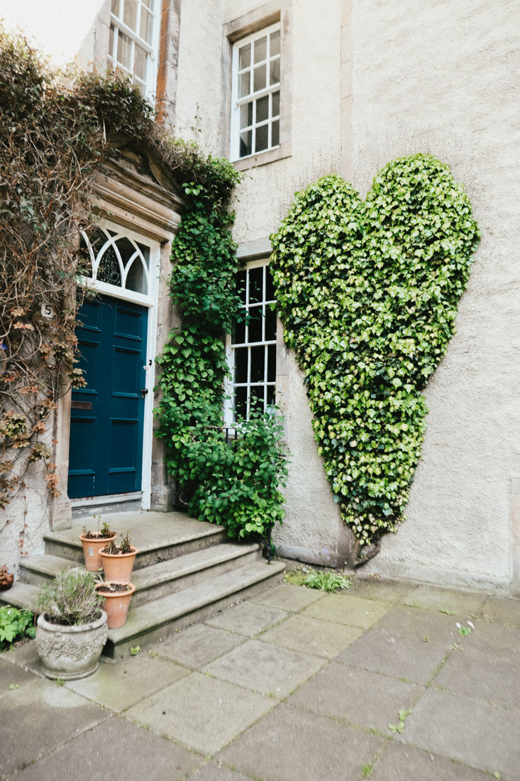 Chessels Court House Ivy Heart Royal Mile Edinburgh
