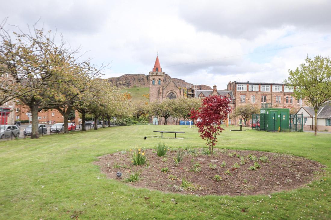 Deaconess Garden in Edinburgh nature