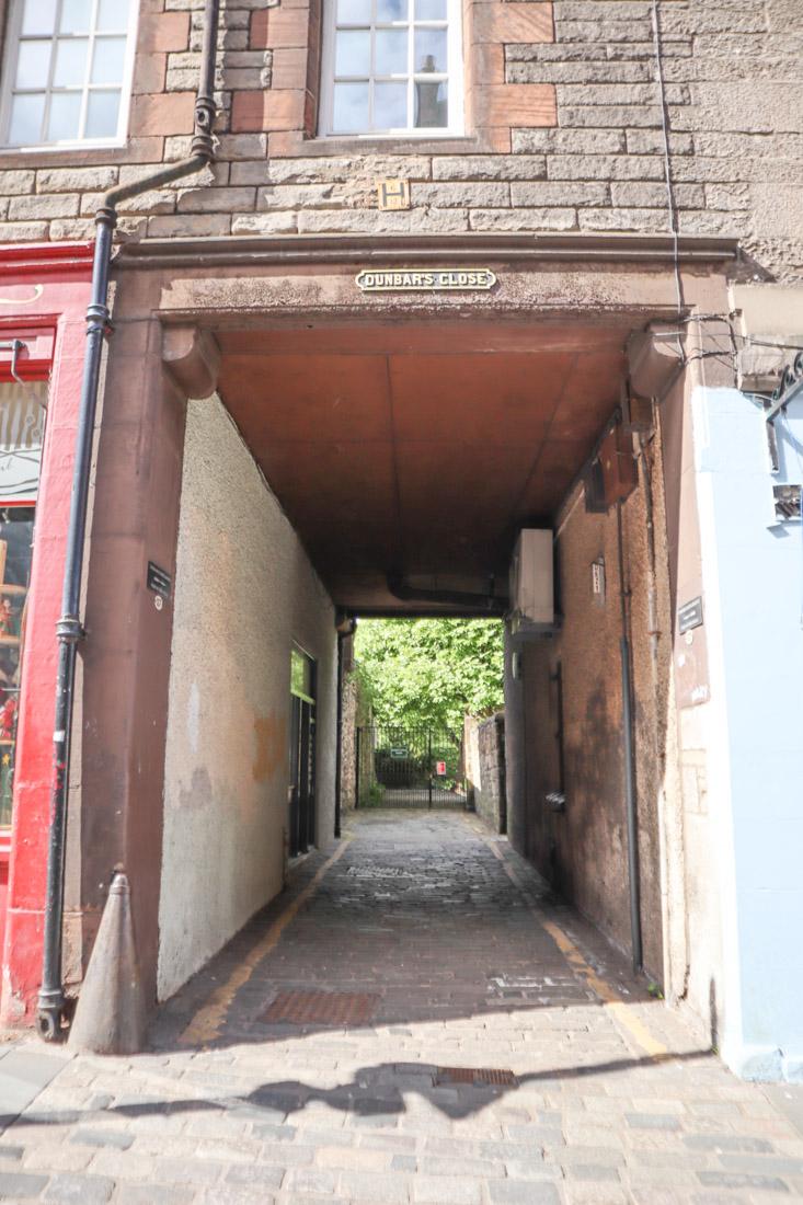 Dunbars Close Garden Tunnel Royal Mile Edinburgh