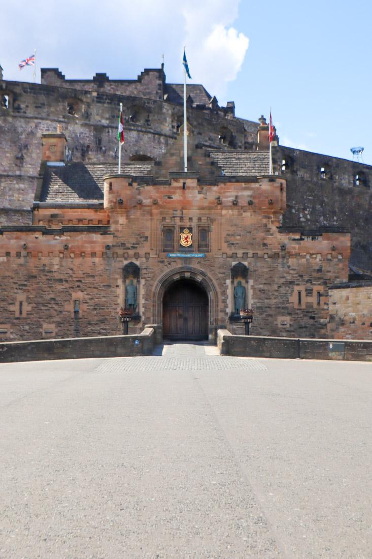 Edinburgh Castle Entrance on Castlehill Activities Edinburgh_