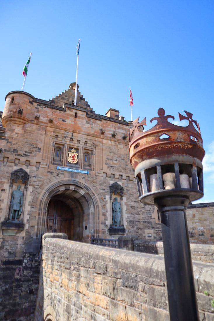 Edinburgh Castle Front Entrance Torch Royal Mile Edinburgh Activities