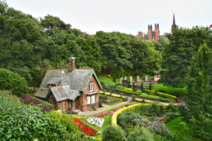 Gardeners Cottage Edinburgh Princes Street Gardens_