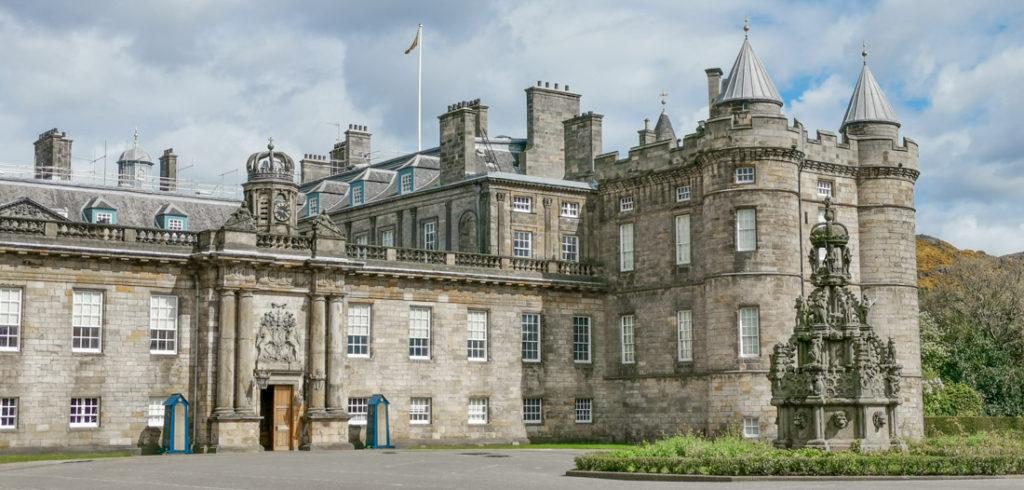 Holyrood Palace Edinburgh Activities_