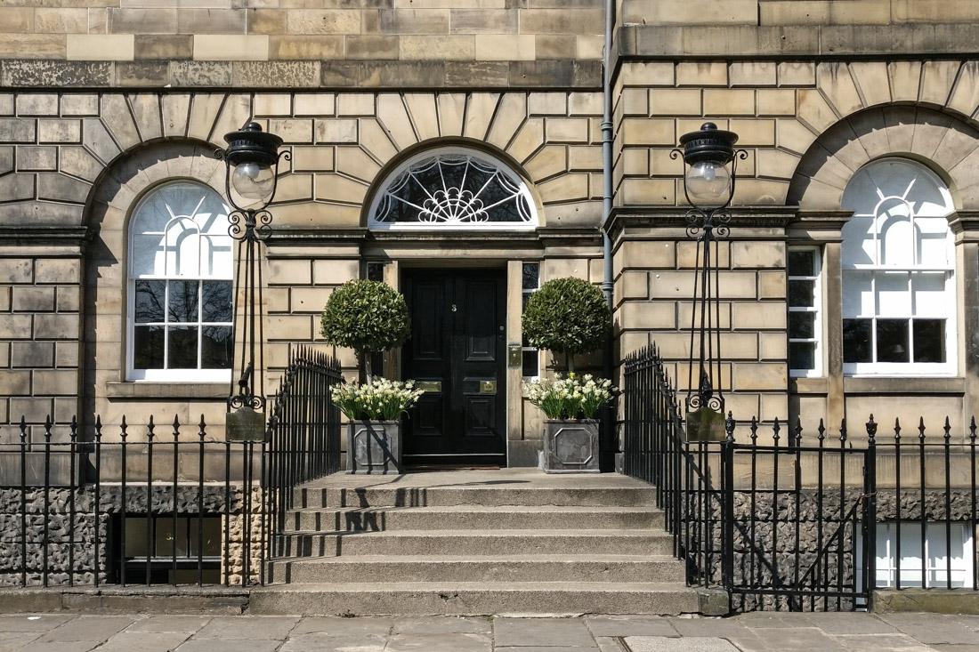 Edinburgh History Tour_Cobble Tales_Charlotte Square - Olga G