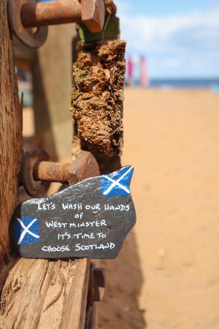 Portobello Beach with stone with message