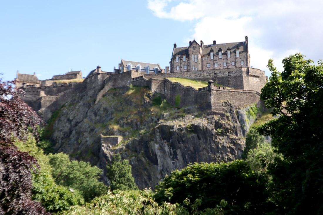 Edinburgh Castle on Cliff Summer Edinburgh