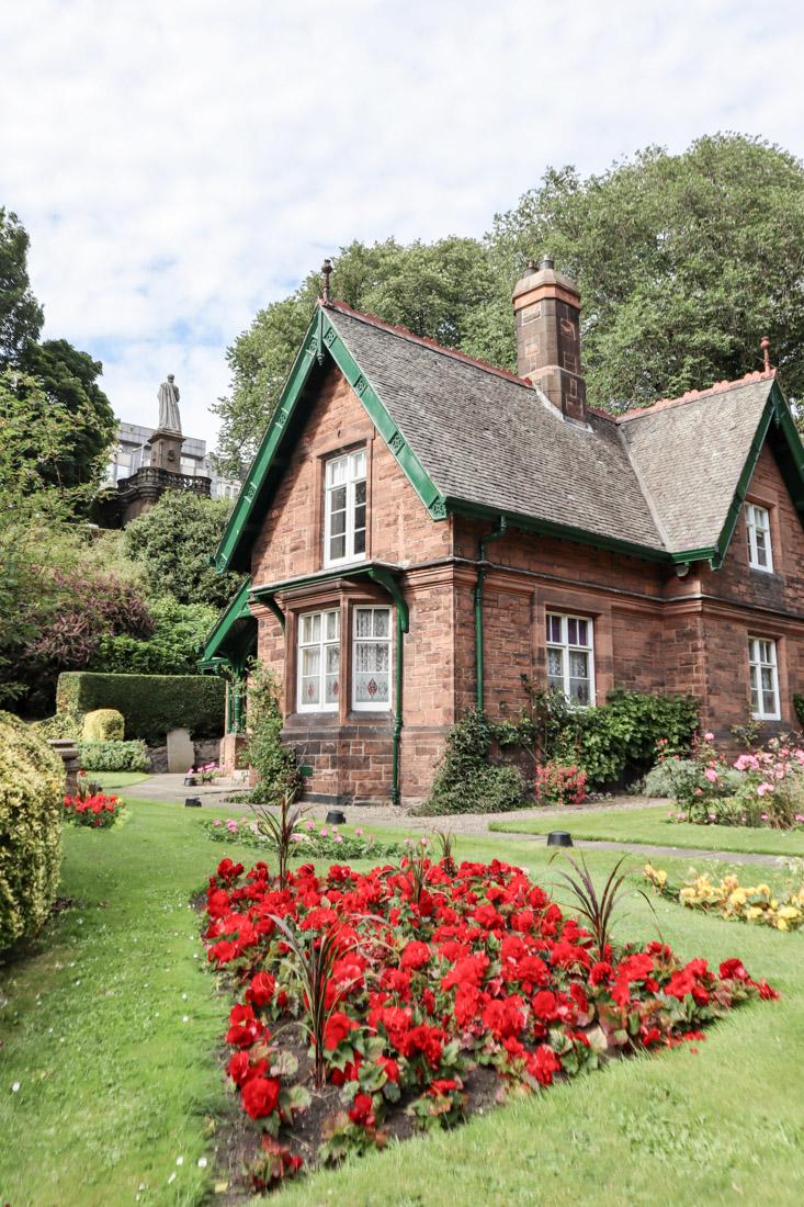 Gardeners Cottage Princes St Garden Edinburgh Park Nature