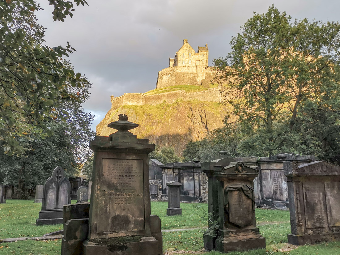 St Johns Graveyard and Edinburgh Castle_