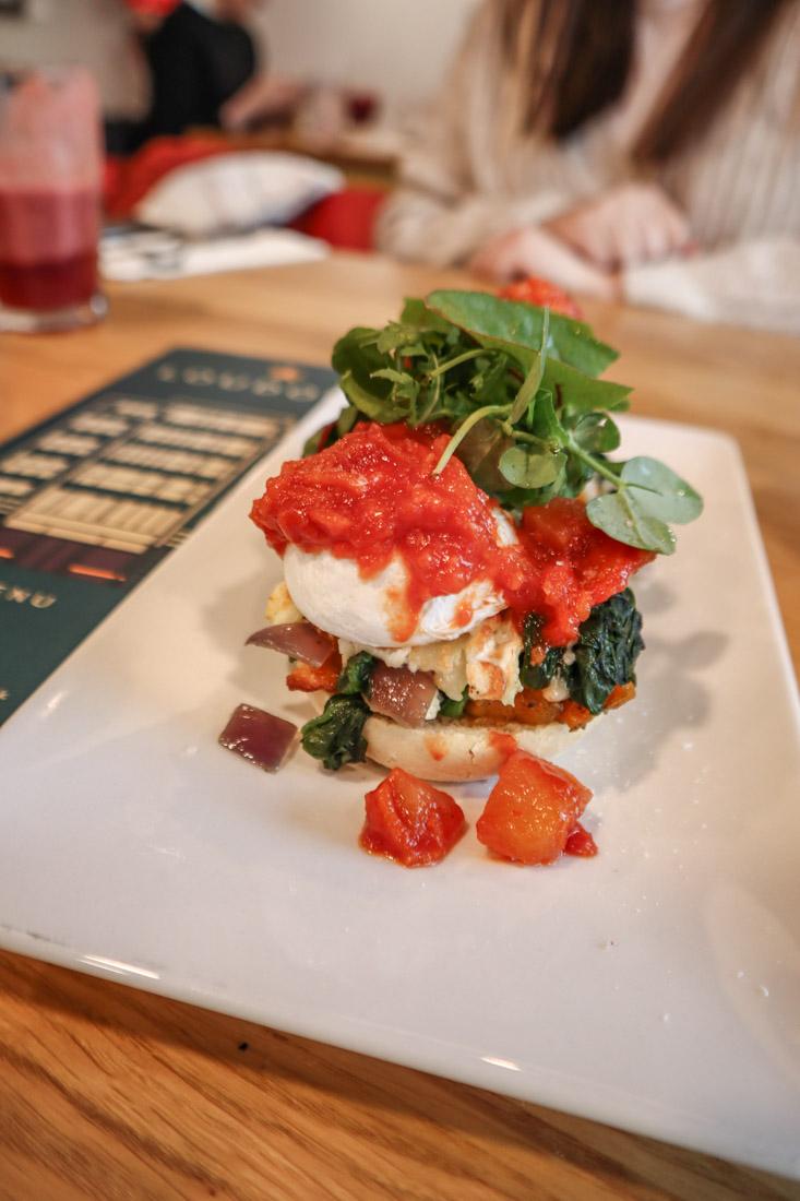 Loudons Eggs Benedict Food - Brunch in Edinburgh