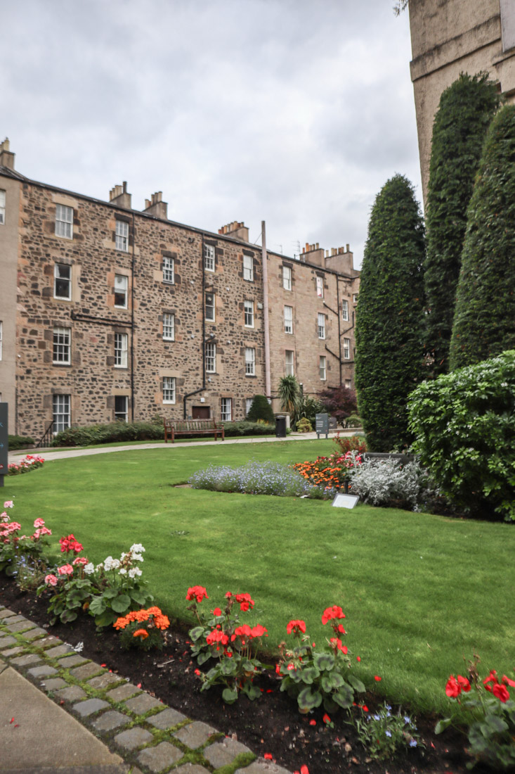 Surgeons Hall Secret Gardens Edinburgh Museum Tour