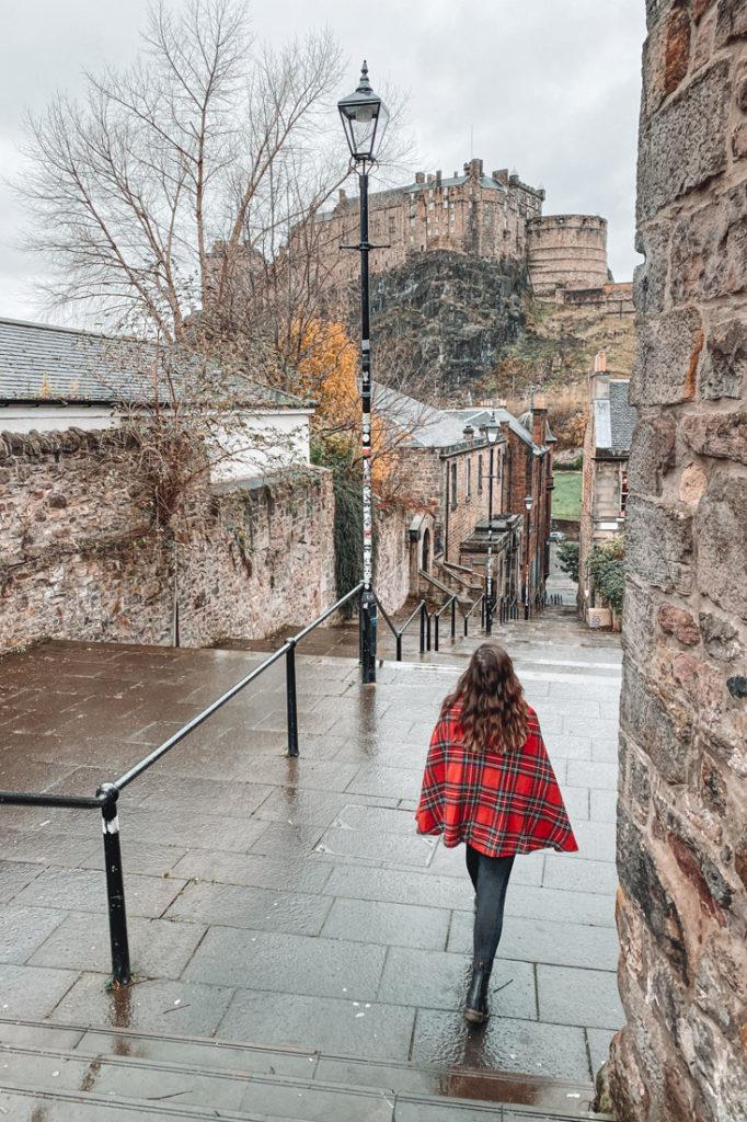 Edinburgh Castle Gemma Tartan Cape Walk Orange_Vennel