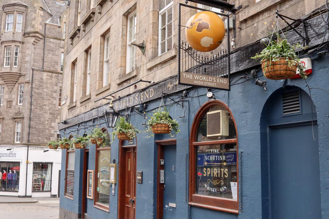 The World's End Pub on Royal Mile