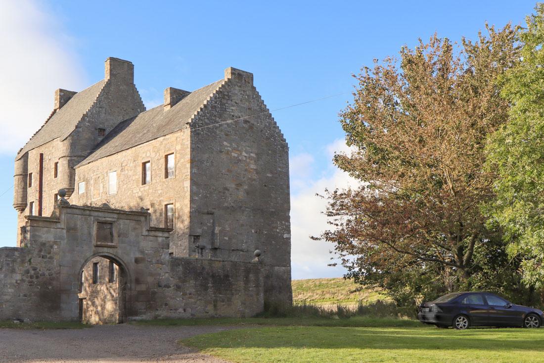 Midhope Castle Lallybroch Outlander_