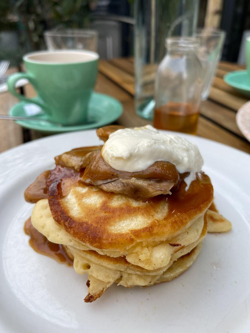 Montpeliers Bruntsfield pancakes brunch food pub.