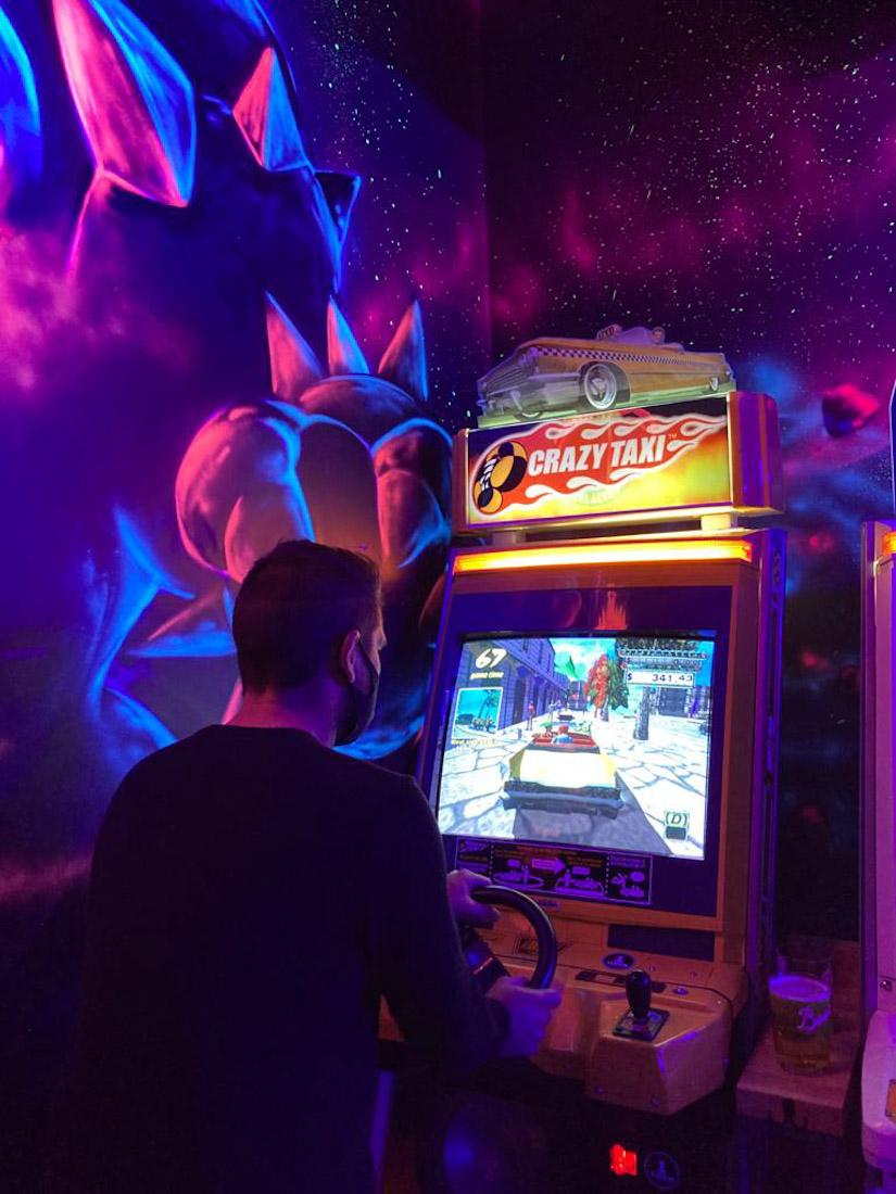 NQ64 bar Crazy Taxi
