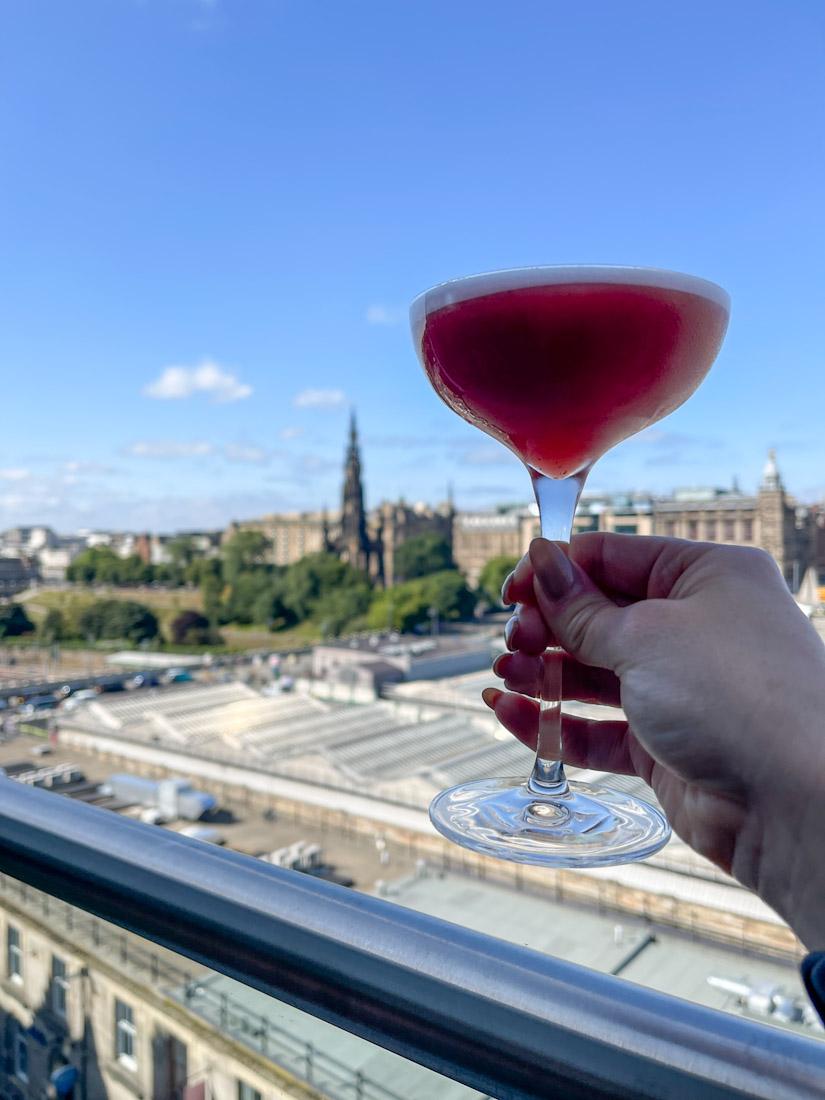 Nor Loft cocktail food rooftop bar